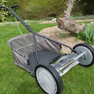 La tondeuse American Lawn Mower 1415-16